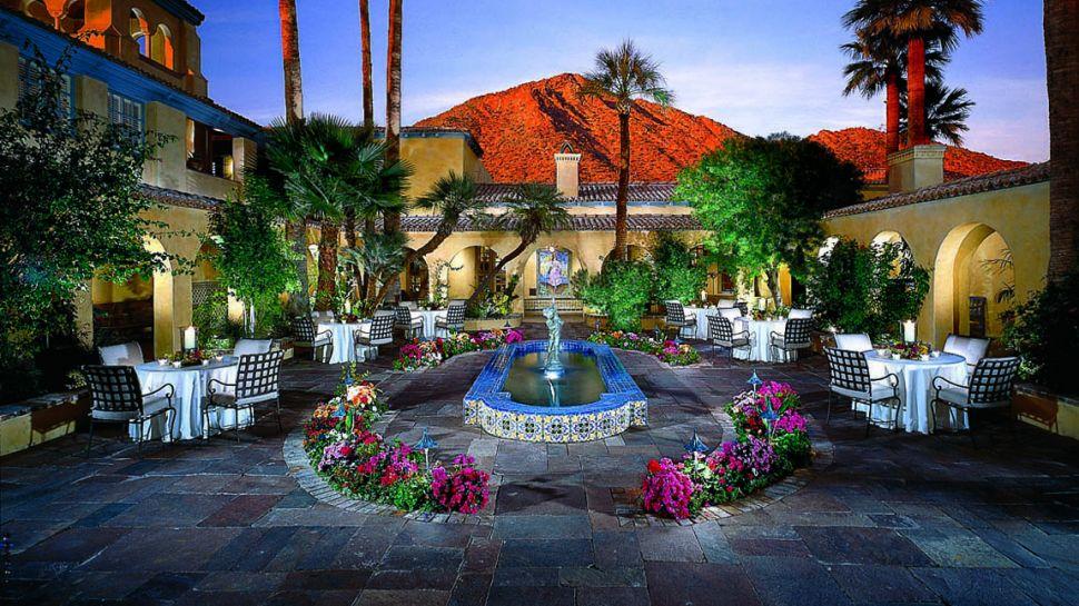 royal palms resort spa phoenix arizona. Black Bedroom Furniture Sets. Home Design Ideas