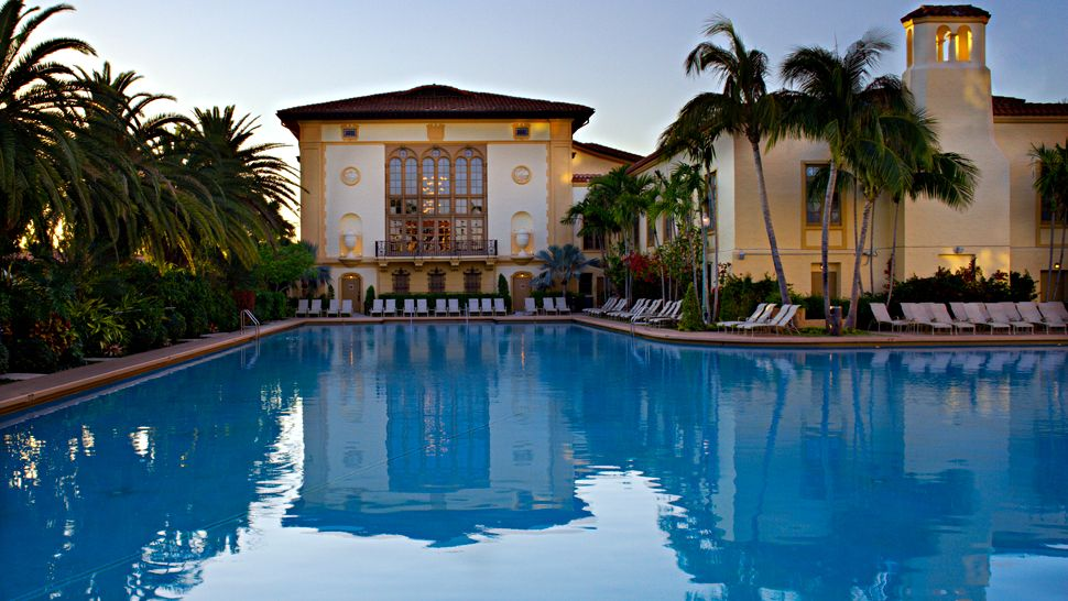 The biltmore hotel miami florida for Pet friendly hotels in miami fl
