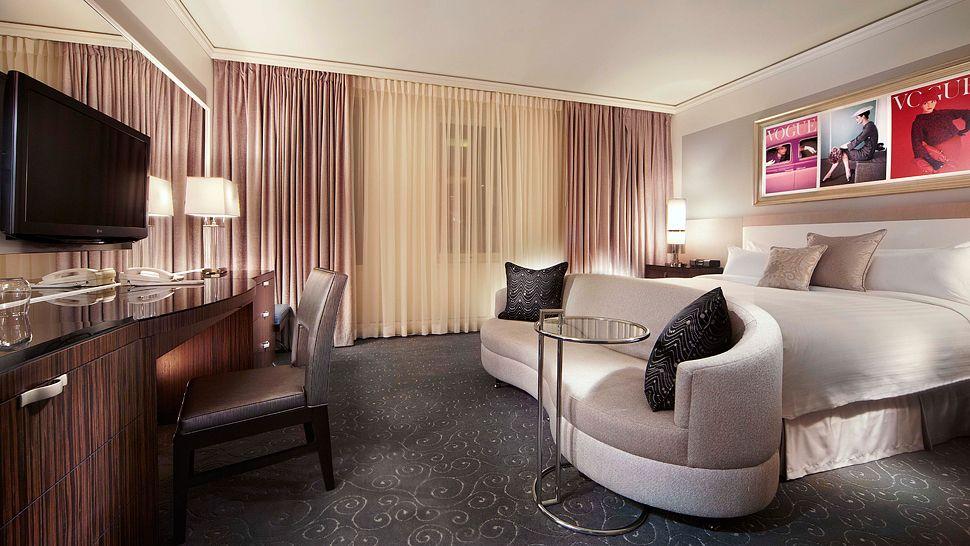 Loews Hotel Vogue Montreal, Quebec, Canada. Hotel Airlink Castle. Rica Havna Hotel. Avant Garde Lodge. Albergo Dei Laghi. The George Quality Accommodation Restaurant And Bar Hotel. Chaaya Island Dhonveli. Horizon International Hotel. Viva Hotel