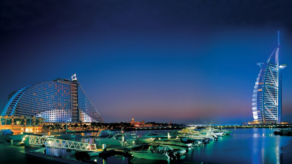 Jumeirah beach hotel dubai united arab emirates for Best 5 star luxury hotels in dubai