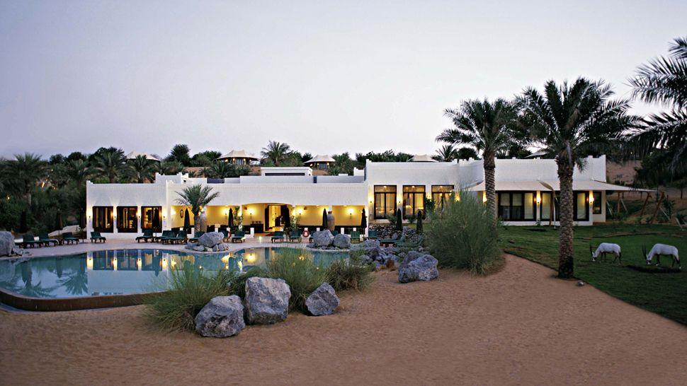 Al maha a luxury collection desert resort spa dubai for Visa hotel luxury collection