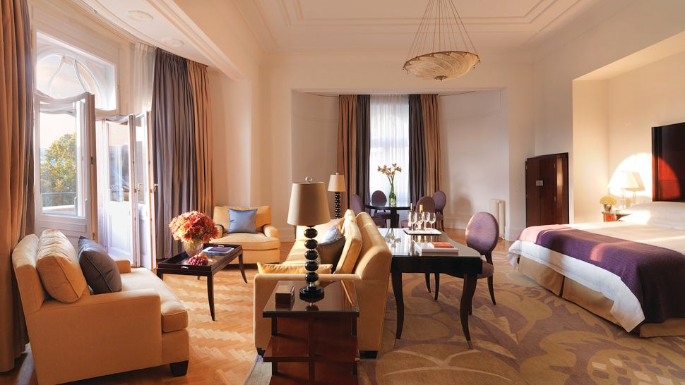 Four Seasons Hotel Gresham Palace Budapest Central