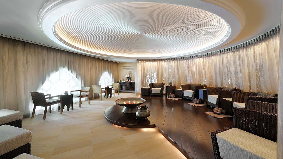 The palace downtown dubai dubai united arab emirates for Boutique design hotel dubai