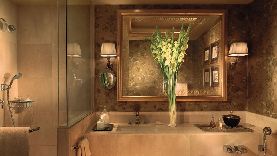 Four seasons hotel beirut beirut lebanon for Bathroom designs lebanon
