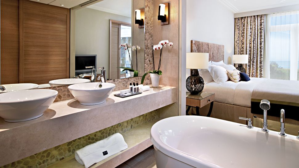 The westin resort costa navarino messinia peloponnese for Modern small ensuite