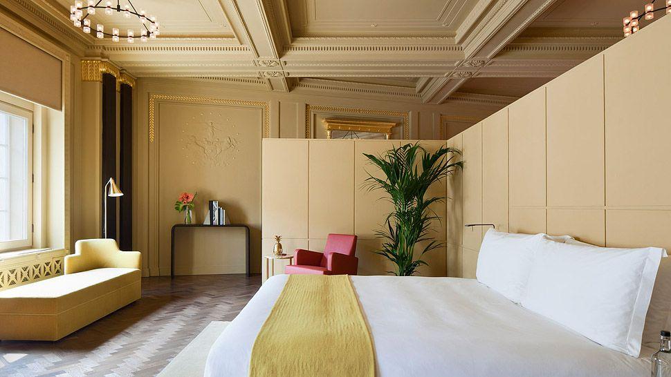 Caf 233 Royal Hotel London England United Kingdom