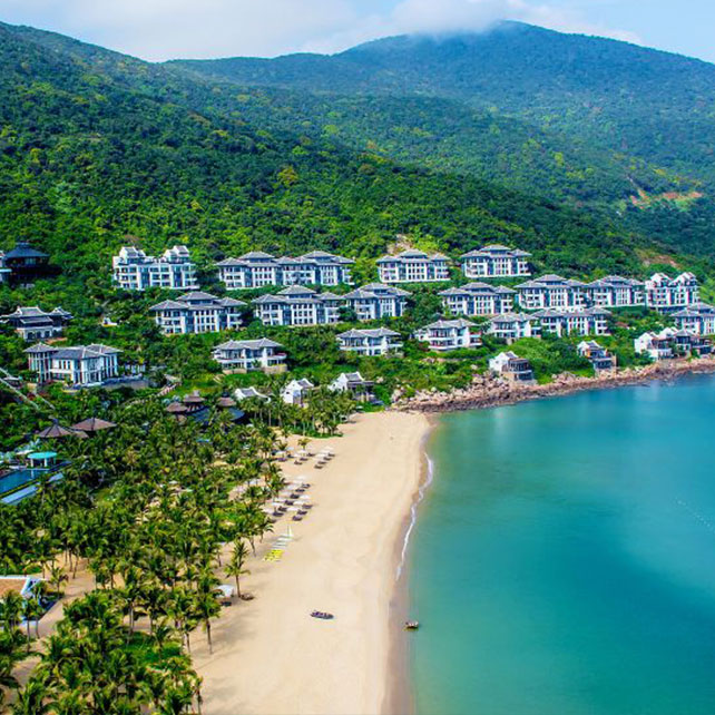 beach, family friendly, aerial, luxury hotel, family resorts, aerial view of beach