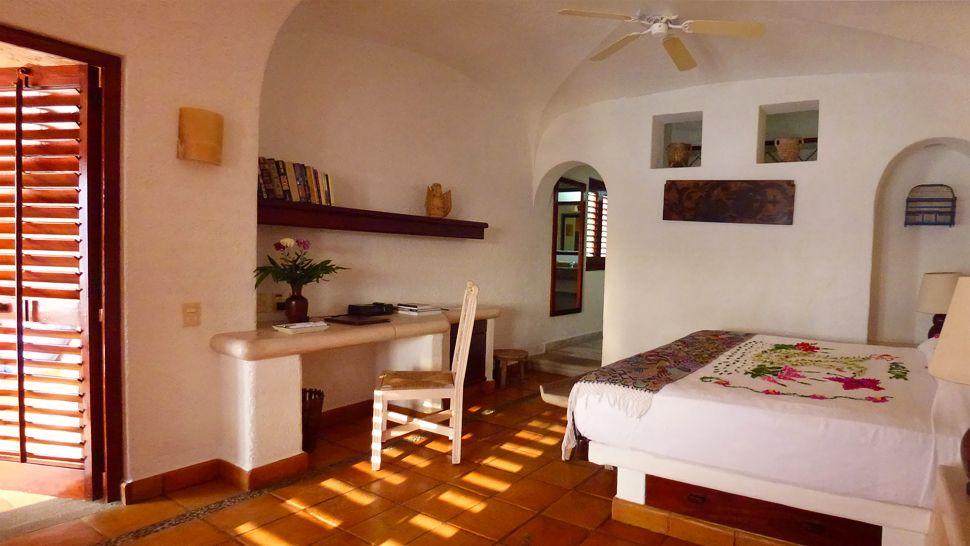 La Casa Que Canta — Ixtapa Zihuatanejo, Mexico
