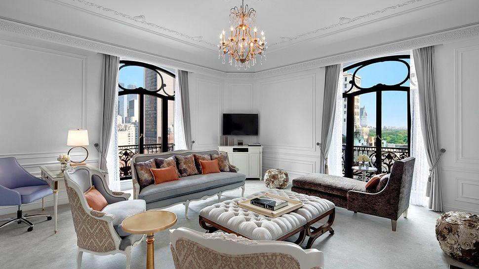 Dior Suite Living Room Part 89