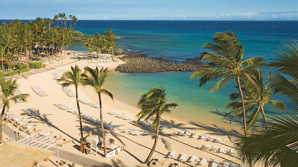 Visa Credit Card Back Fairmont Orchid Hawaii...