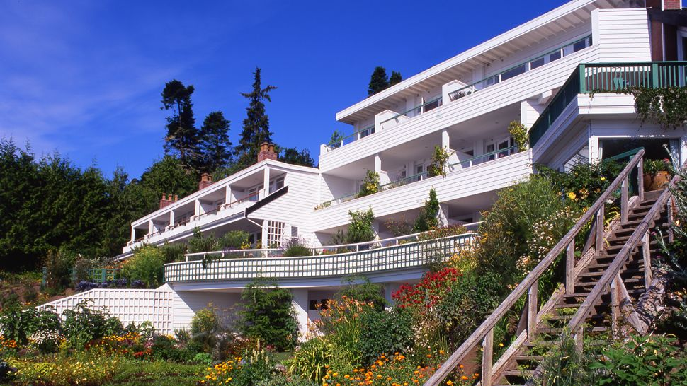 Sooke Harbour House Vancouver Island