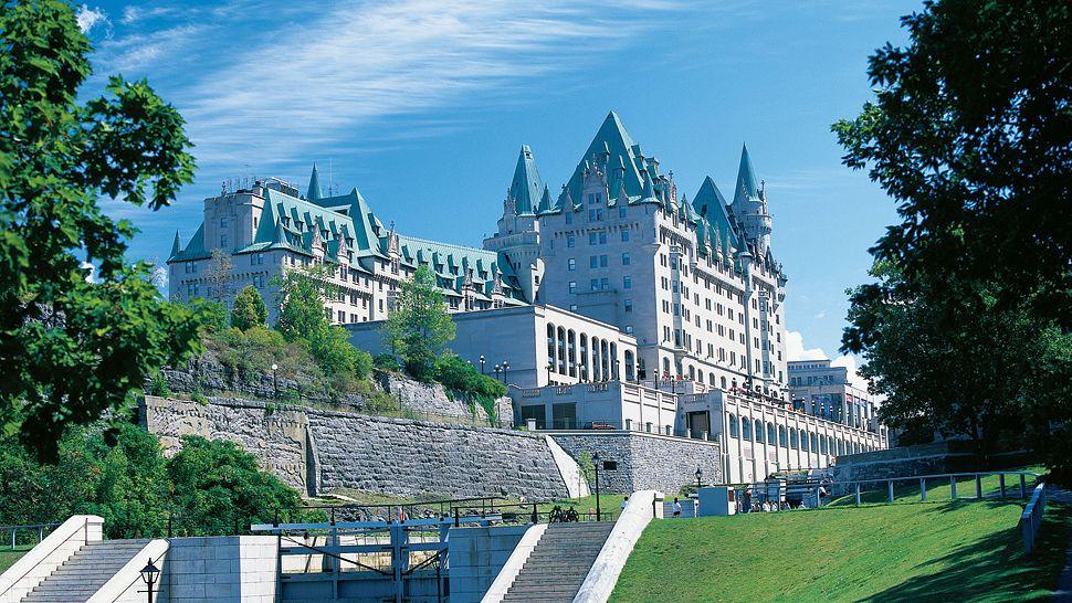 Fairmont Château Laurier - Ottawa, Canada