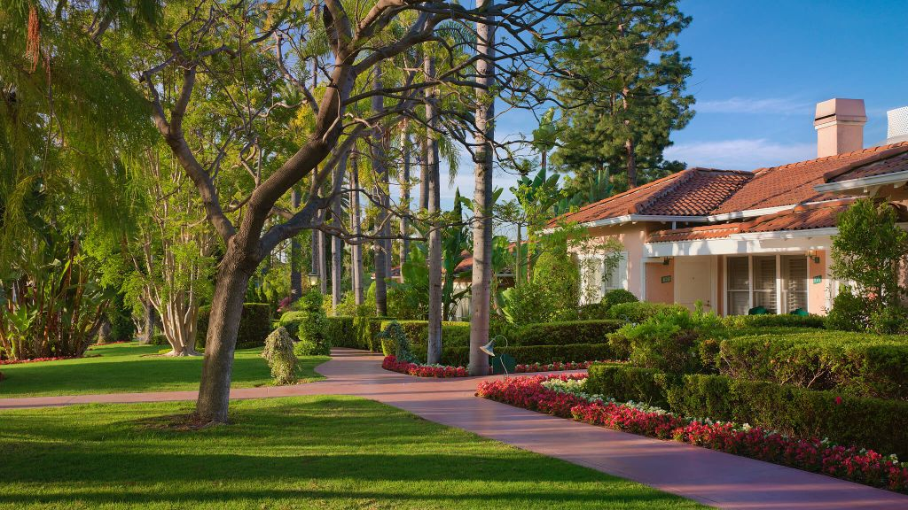 The Beverly Hills Hotel and Bungalows Dorchester Collection