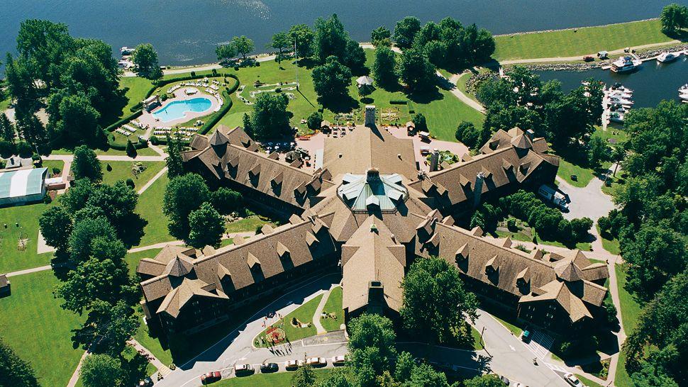 Fairmont Le Chateau Montebello — Montebello, Canada