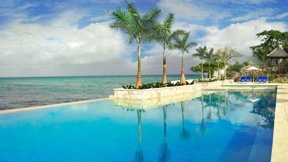 Outdoor Pool Oceanview