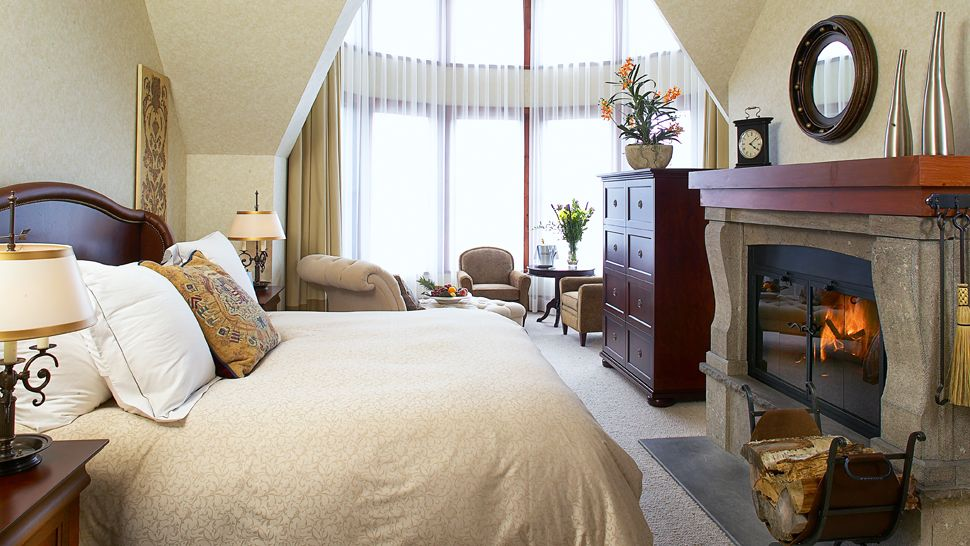 Hotel Quintessence — Mont-Tremblant, Canada