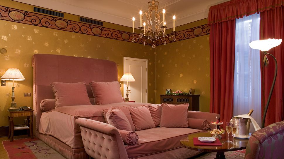 schlosshotel im grunewald berlin germany. Black Bedroom Furniture Sets. Home Design Ideas