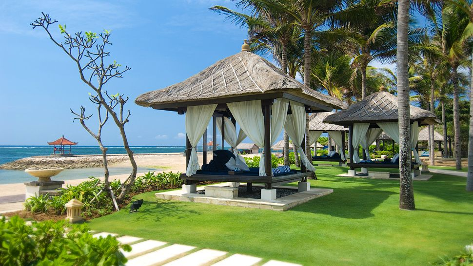 Conrad bali bali indonesia for Hotel in bali indonesia near beach