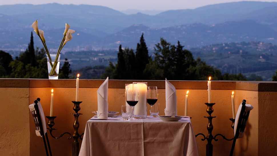 Villa mangiacane tuscany italy for Dinner on the terrace