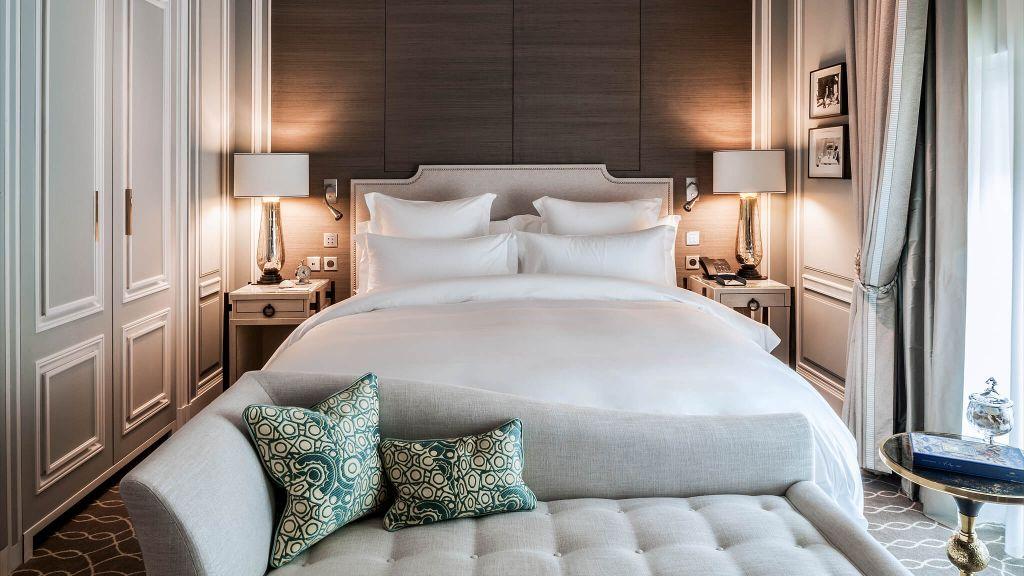 Luxury Hotels in Paris | Best Boutique Hotels Paris | Kiwi