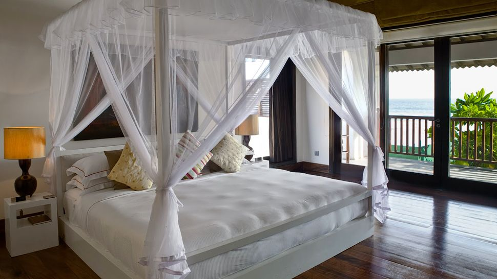 The fortress galle district southern province for Bedroom designs sri lanka