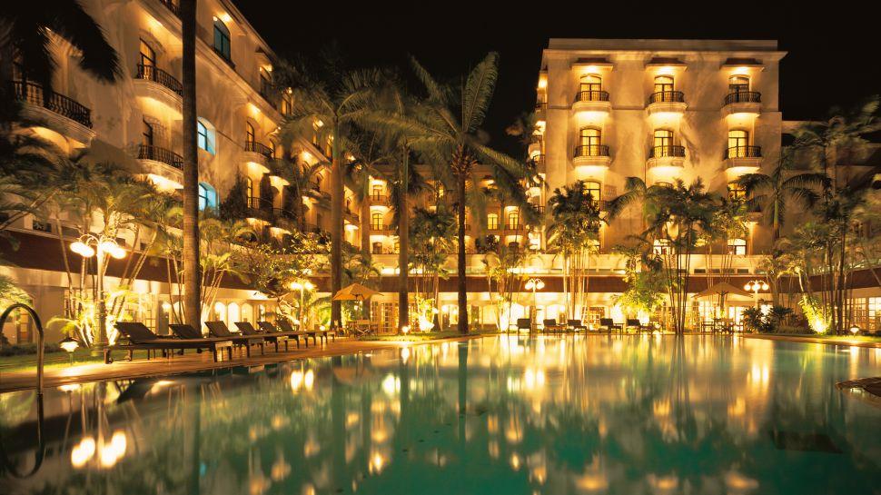 Pool Courtyard Night