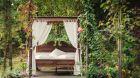 Terrace and bed at Castel Fragsburg