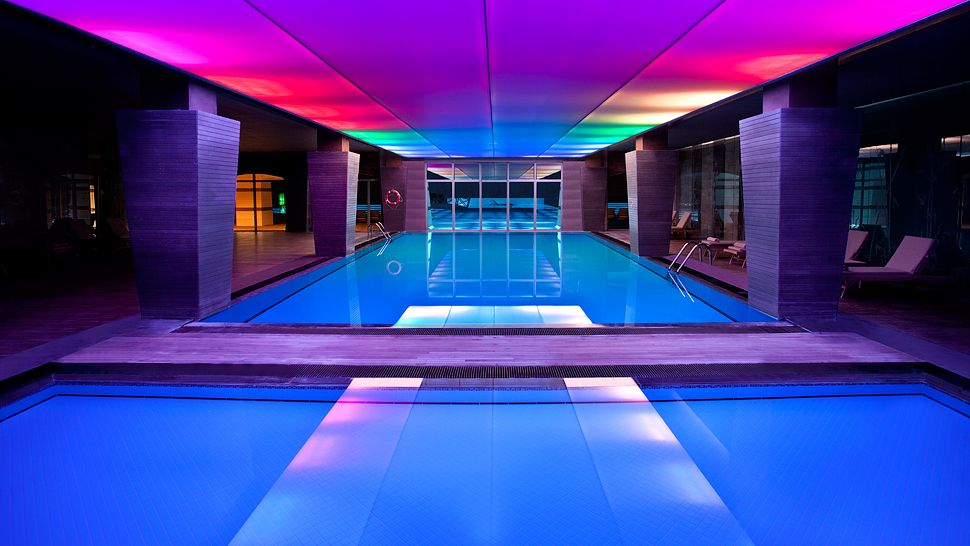 Kempinski hotel the dome antalya region mediterranean for Pool and spa show dubai