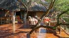 Sanctuary Makanyane outdoor bar