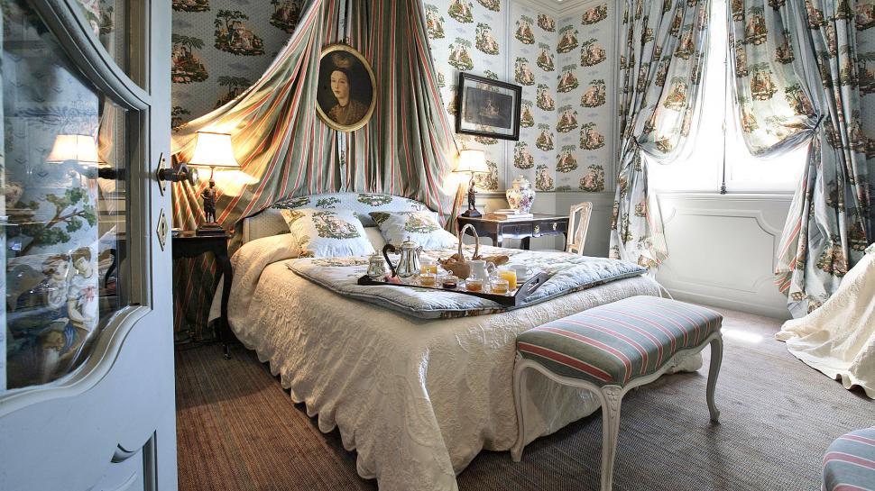 la villa gallici provence provence alpes c te d 39 azur. Black Bedroom Furniture Sets. Home Design Ideas