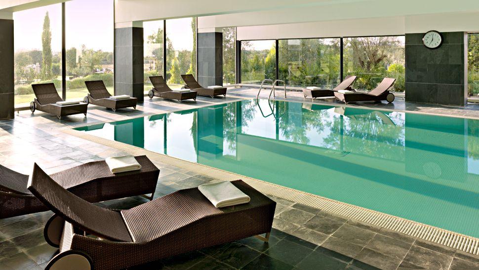 Hotel indoor pool luxury  Hotel Indoor Pool Luxury | loopele.com