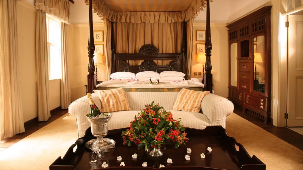 Best Hotels Near Mumbai Airport