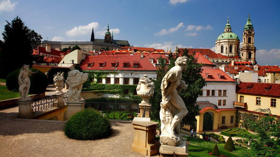 Luxury hotels in prague kiwi collection for Designer hotel prague