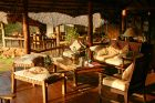 elsa's lounge detail