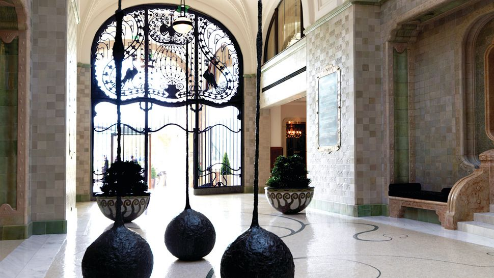 Four Seasons Hotel Gresham Palace Budapest Central