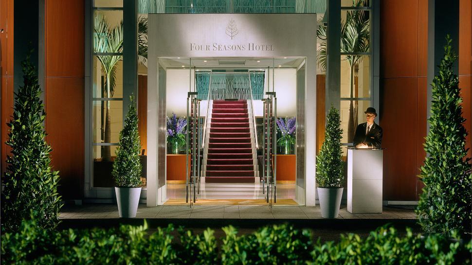 Four Seasons Hotel Canary Wharf — London, United Kingdom