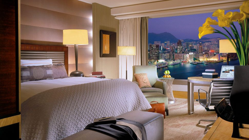 disneyland hotel one bedroom suite