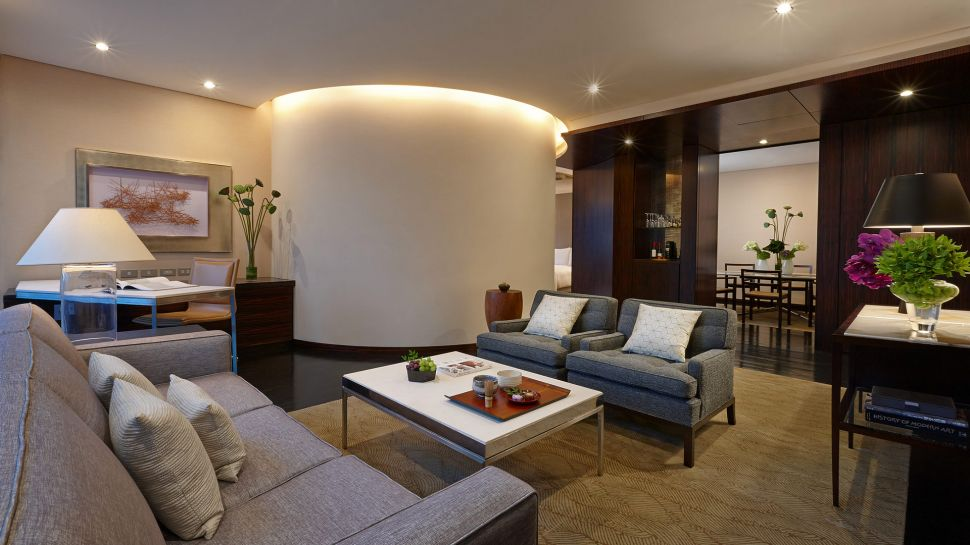 Four seasons hotel tokyo at marunouchi kanto japan for Designhotel roomers