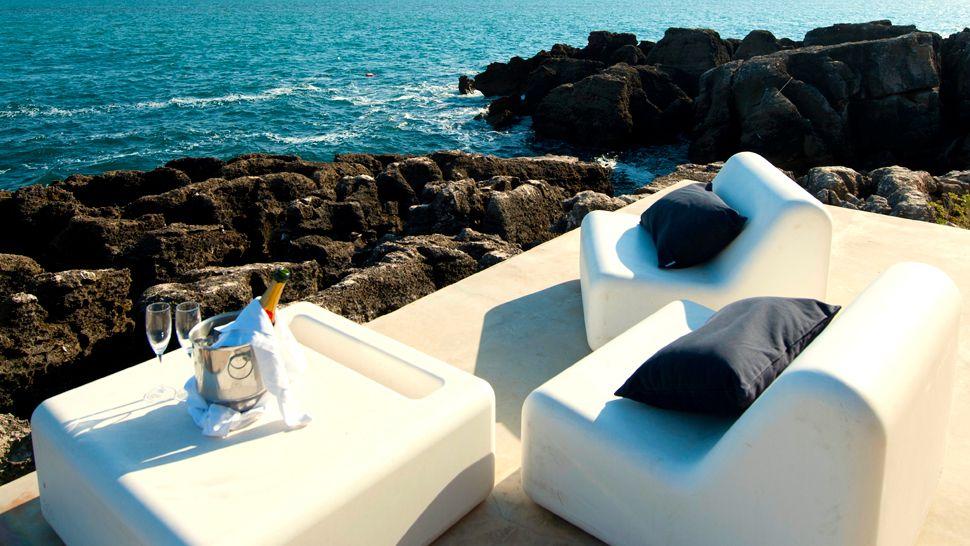 Farol design hotel lisbon coast portugal for Designhotel lissabon