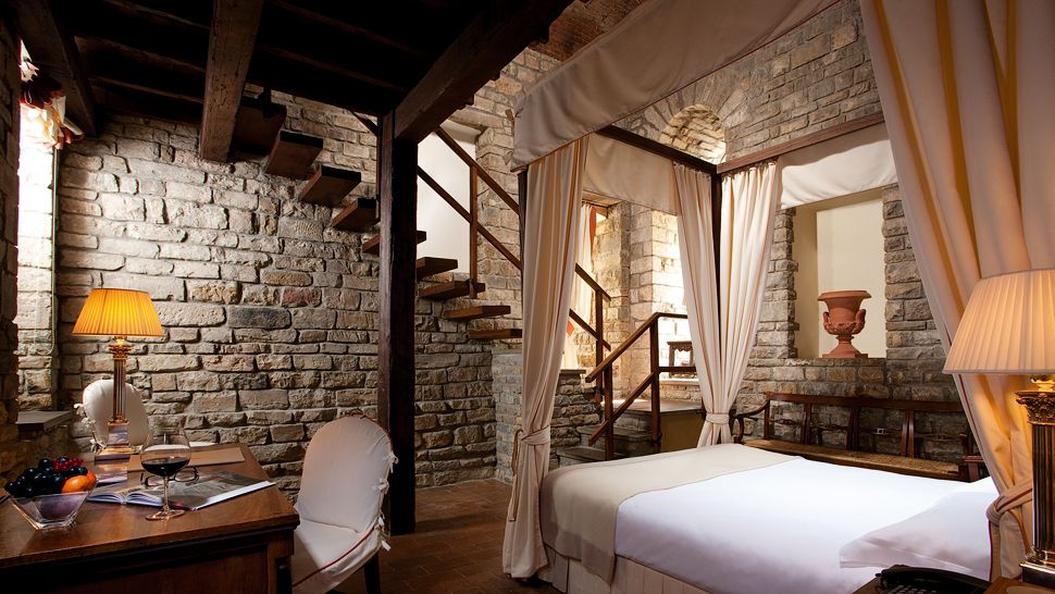 Hotel lungarno tuscany italy for Design hotel italy