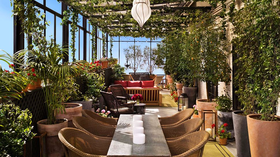 Gramercy park hotel new york united states for Terrace on the park restaurant