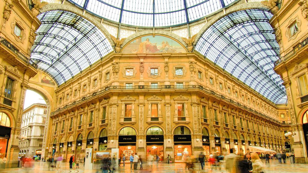 Tuned In Tokyo >> TownHouse Galleria Milan, Lombardy, Italy