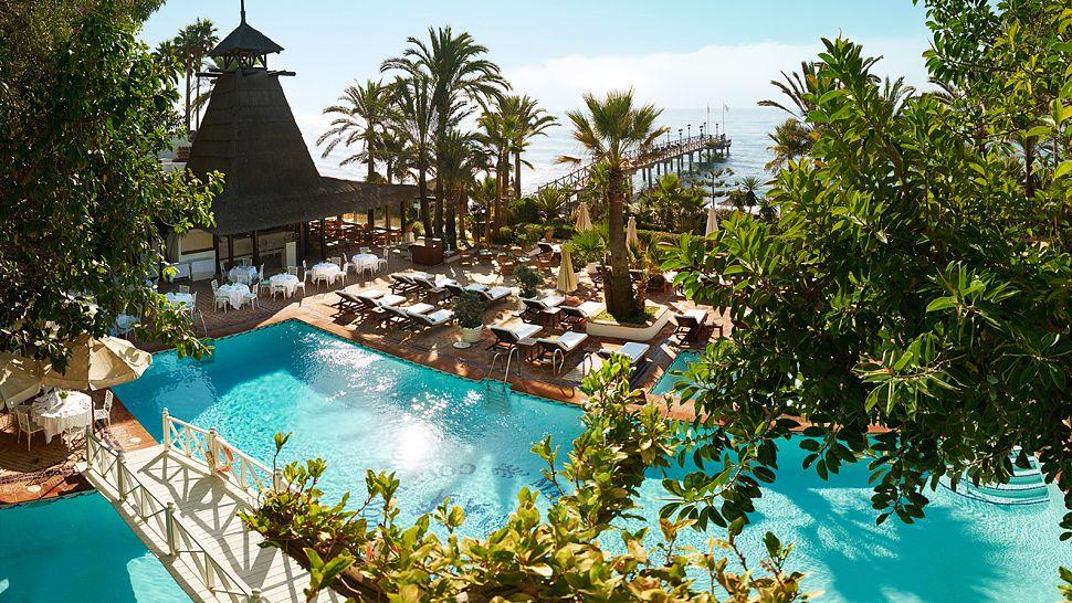 Marbella club hotel golf resort spa costa del sol for Hotel design andalousie