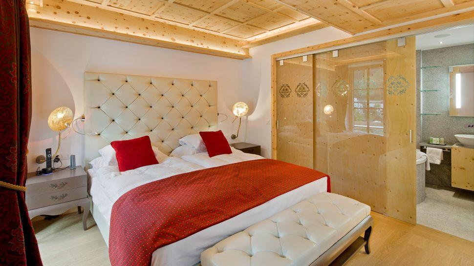 Grand hotel zermatterhof valais switzerland for Hotel design valais