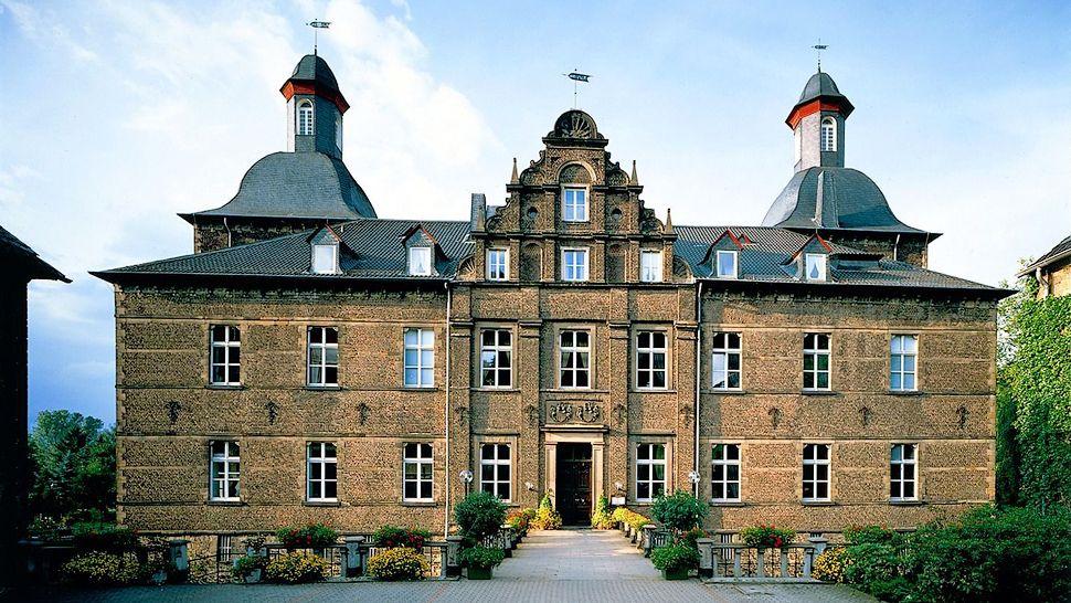 Schlosshotel Hugenpoet - Essen, Germany
