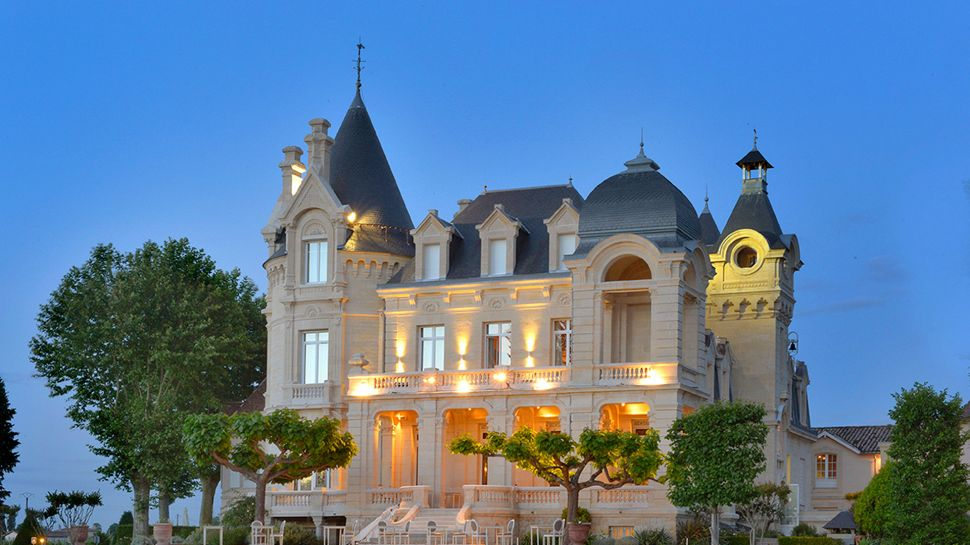 Château Grand Barrail Hotel - Saint-Émilion, France