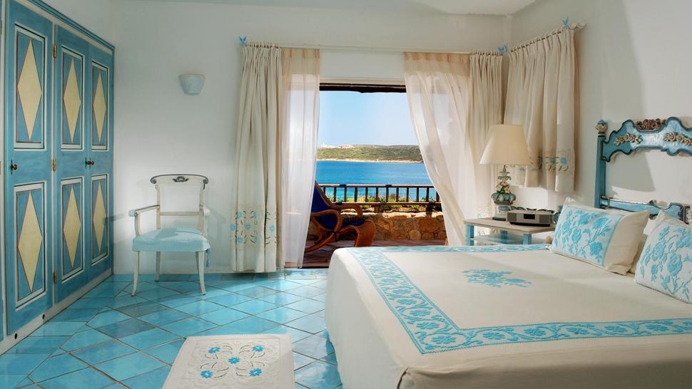 Hotel pitrizza costa smeralda sardinien for Arredi costa smeralda