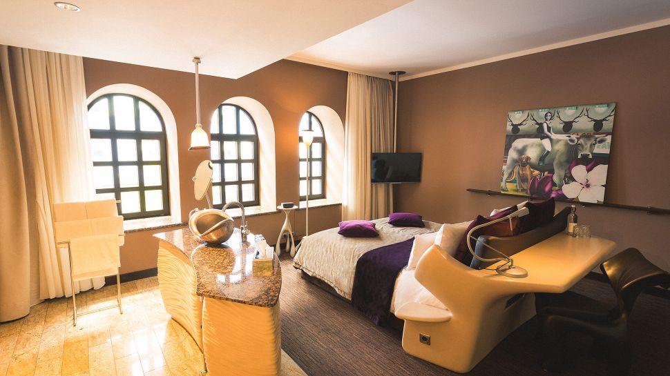 east hotel hamburg germany. Black Bedroom Furniture Sets. Home Design Ideas