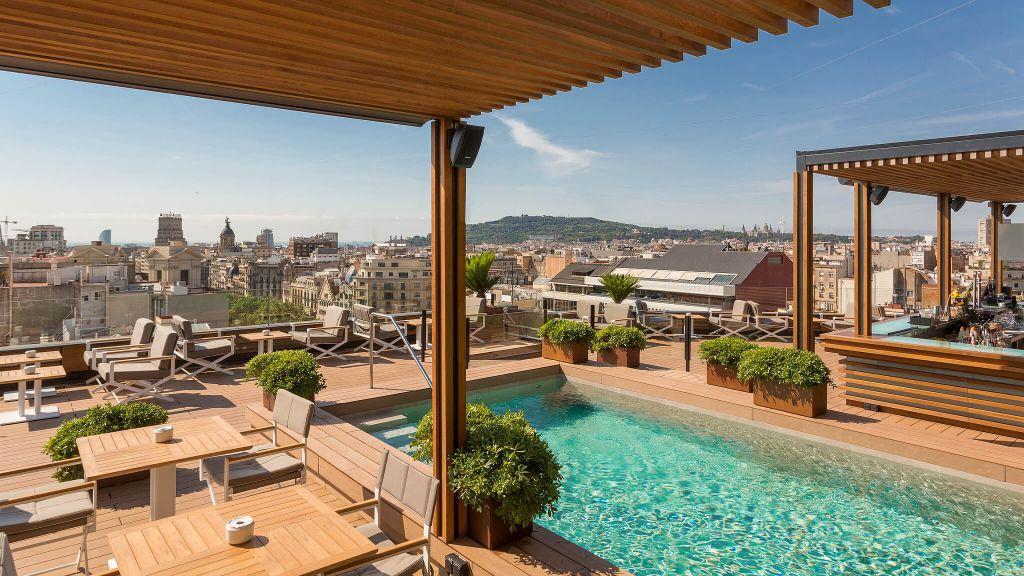 best city breaks, top city breaks, city break destinations, luxury boutique hotels, Majestic Hotel & Spa Barcelona, pool view
