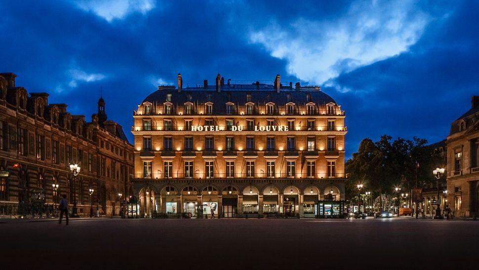 Louvre Hotel Restaurant